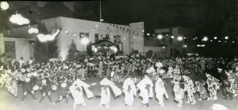 Bon odori with participants stepping into the circle, Sacramento, 1930s.