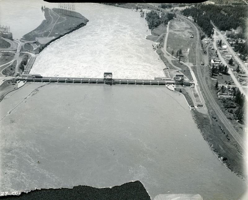 Bonneville Dam, photo 2