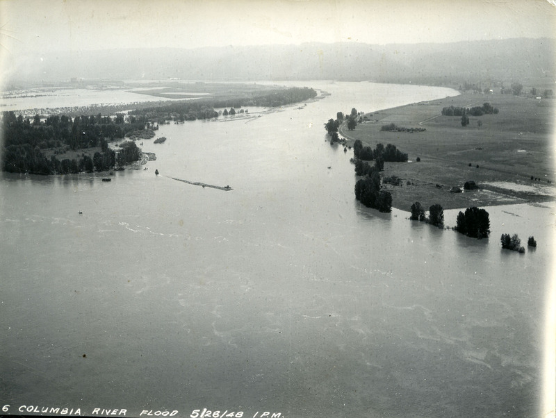 Mouth of the Willamette River